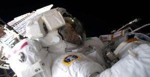 Los regalos de navidad, los ratones y gusanos en la Estación espacial internacional