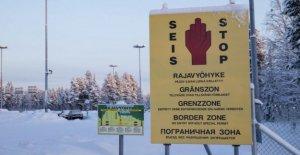 Rusia, cuadrado, señales falsas a la frontera con Finlandia para engañar a los migrantes detenidos a un contrabandista