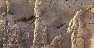 Salen a la luz a los dioses de la antigua Mesopotamia: descubierto rock alivio de antigüedades asirias
