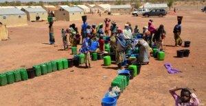 Burkina Faso, casi dos millones de personas están sin agua, las personas desplazadas por el aumento de 10 veces