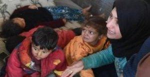 En siria, los ataques indiscriminados en Idlib, un cirujano en siria: El 50% de los heridos son mujeres y niños.
