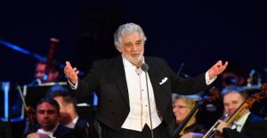 Placido Domingo disparado desde el Teatro nacional de Madrid