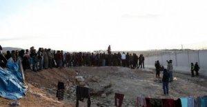Siria, norte-occidental, la crisis humanitaria desesperada: en diciembre, alrededor de 700.000 personas han huido de Idlib y Alepo