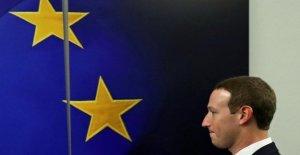 Soros pide la eliminación de Zuckerberg y Sandberg de la guía de Facebook