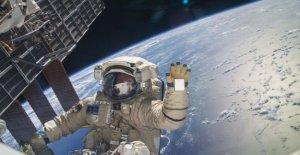 SpaceX, los cuatro primeros turistas del espacio hasta el borde de la Tripulación del Dragón