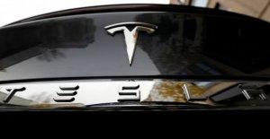 Tesla y Apple en el banquillo de los acusados por un accidente de coche