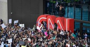 CNN sede en Atlanta actos de vandalismo por parte de los manifestantes después de que George Floyd muerte