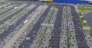 Coronavirus: alemán Ikea estacionamiento utilizado para la oración del Ramadán