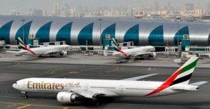 De larga distancia portador de Emirates dice que los incendios de personal en medio de virus