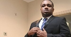El hombre cargado con bala asesinato de autistas hombre