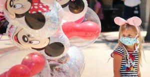 En el Mundo de Disney para presentar la reapertura de los planes para el parque temático