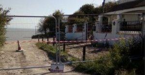 Familias que huyen como acantilado de caída pone a los hogares en situación de riesgo