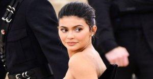 Forbes gotas de Kylie Jenner de multimillonarios de la lista