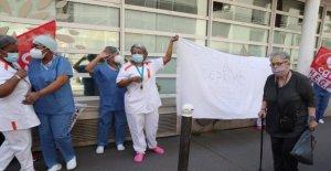 Francés hogares de ancianos empleados en protesta de pago, condiciones de