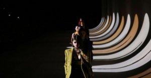 Gucci, Saint Laurent buscar radical rehacer de la moda de los calendarios