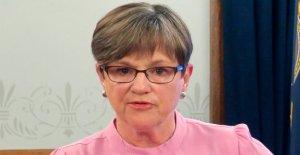 Kansas' Dem gobernador veta del partido REPUBLICANO proyecto de ley para limitar su coronavirus poderes de emergencia