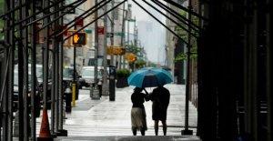 Las tormentas severas espera en el medio oeste, el Sur de California se prepara para romper el récord de calor