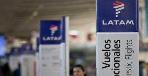 Latam Airlines busca la protección por bancarrota como viajes se desploma