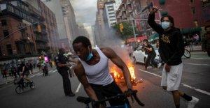 Llamadas de de Blasio a renunciar tendencia en Twitter después de que la defensa de NYPD