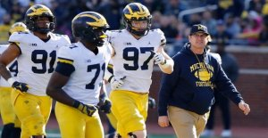 Michigan dice que el presidente atletas estudiantes no serán permitidos en la escuela a menos que todo el alumnado pueda volver