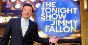 NOS presentador de TELEVISIÓN Jimmy Fallon 'lo siento' por la cara pintada de negro dramatización