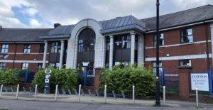 Nueve Covid de fallecimientos relacionados con Belfast hogar de ancianos