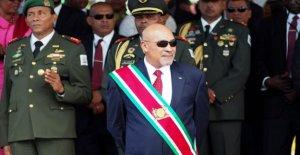 Suriname partidos de la oposición cerca de poder después de las elecciones
