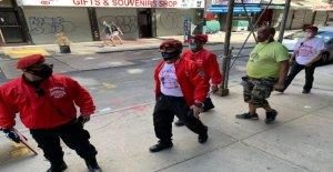 'Ángel guardián' describe batalla campal con de Nueva York saqueadores: no se entrega o retiro'
