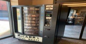Carnicero en el norte del estado de Nueva York instala 24 horas de carne de la máquina expendedora, dice la respuesta de los clientes es 'increíble'