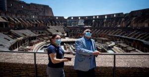 Coliseo romano, los Museos Vaticanos vuelva a abrir al público, pero a mucha menos gente que de costumbre