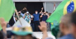 Como Brasil superó el récord de muertes, Bolsonaro proclama: la Muerte es el de todo el mundo del destino'