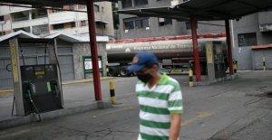 Con hoteles de gasolina escasos, los Venezolanos pueden comprar en una premium