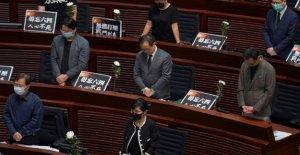 En el aniversario de Tiananmen, Hong Kong prohíbe los insultos a anthem