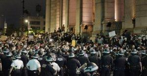 Encierros visto como el empeoramiento de los disturbios, en vez de golpear las empresas aún más duro: Es una tormenta perfecta'