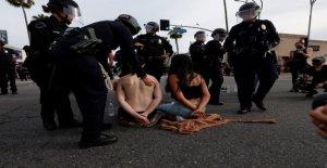 George Floyd disturbios: la policía de los ángeles ha detenido a más de 2.700 personas desde los disturbios comenzaron, el jefe de policía dice
