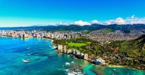 Hawaii conjuntos de reabrir la fecha para bares, cines, pero no el turismo