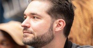 Reddit co-fundador sale de la junta sobre George Floyd