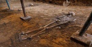 The hunt for Red Hugh: los Arqueólogos en España de búsqueda para el 16-Irlandés del siglo cacique de los huesos de los