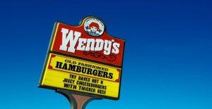 Wendy's para donar $500 G en apoyo de las comunidades negras después de la reacción sobre la franquicia del Triunfo de la donación