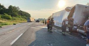 4 niños muertos en Indiana, después de semirremolque se cerró de golpe en su coche