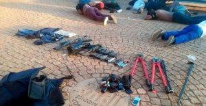 5 muertos en toma de rehenes en el conflictivo del Sur de África de la iglesia