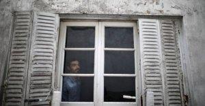 AP Fotos: Argentinos tratar de encontrar la felicidad en cuarentena
