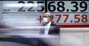 Acciones asiáticas ganancia en la esperanza para la recuperación, a pesar de los brotes,