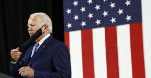 Biden campaña slams Triunfo para 'la mentira' sobre COVID-19 de amenaza