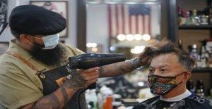 California salones de belleza luchando con la segunda coronavirus de cierre