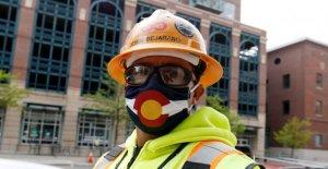 Colorado de la ciudad de mandato coronavirus cara revestimientos, amenazando con hasta un año de cárcel para los infractores