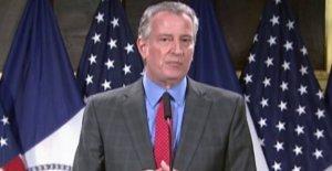De Blasio culpa a NYC fin de semana de violencia en el coronavirus, los votos de 'doblar' para mantener la ciudad segura