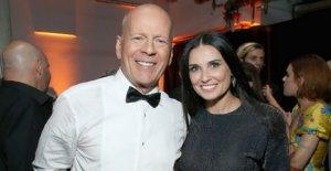 Demi Moore culpa a la ex de Bruce Willis para la alfombra marrón en el baño que fue viral
