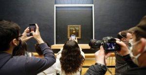 El Museo del Louvre se reabre después de 4 meses de coronavirus cierre