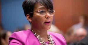 El alcalde de Atlanta, Keisha Lance Fondos de los contratos COVID-19